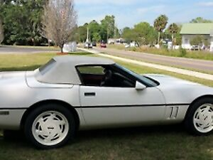 1988 corvette convertible 89 000 kilo all original