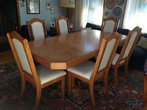 Glass Table Buy Or Sell Dining Table Sets In Markham York Region