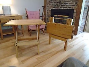 HAND CRAFTED FOLD-UP TABLE