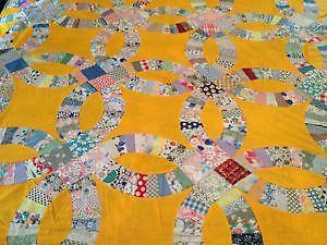 handmade wedding ring quilt - Wedding Ring Quilts