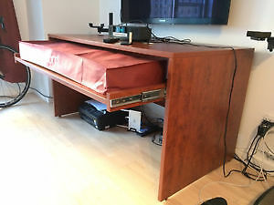 Custom made desk for nord stage 88