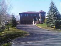 LARGE EXECUTIVE 4 BEDROOMS FOR RENT