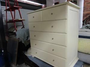 Bedroom furniture Jerrabomberra Queanbeyan Area Preview