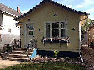 2 BEDROOM HOME IN CASWELL HILL