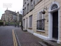 Large Two bedroom flat - 23B Pump Street - lovely city centre locaiton
