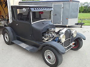 1927 FORD MODEL T HOT ROD 5 WINDOW COUPE