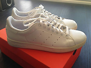 Brand new adidas Stan smith shoes 10.5 10 1/2