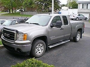 2007 GMC SIERRA 1500 SLE PICK-UP TRUCK