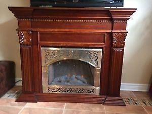 Electric fireplace excellent condition, Cognac colour
