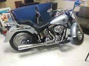 MINT HARLEY DAVIDSON LOW KMS FOR THE YEAR London Ontario image 2