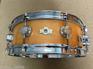 Camco Oaklwan vintage 1960's snare drum a vendre.