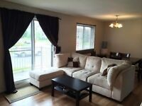 Ste Therese 4 1/2 style condo tranquille aout,Septembre....
