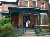 125 Year Old Mansion 15 Minute walk to new Go West Harbour