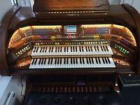 Preowned Lowrey Prestige Organ