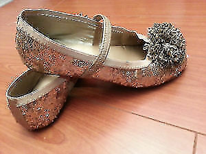 stride rite golden dress shoes size 1.5 with free animal slippe