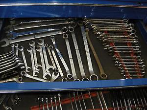 Coffre outils complet mécanicien de camions ou équip. lourds