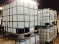 PLASTIC CONTAINERS (TOTES)  WITH METAL CAGE 1000 LITERS