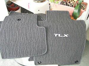 2015 Acura TLX factory mats London Ontario image 1