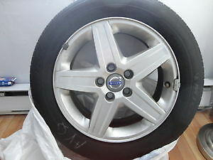 MAGS VOLVO $100. LES 4