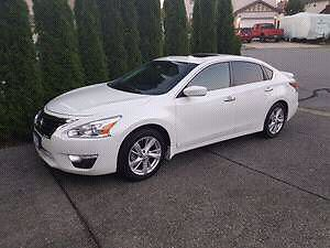 2014 Nissan Altima SV with Tech package!!!