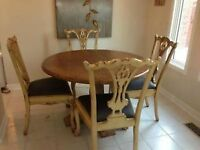 solid wood dinning table seats 6