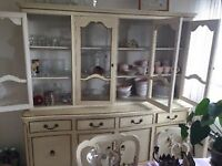 Clearing apartment, several items for quick sale
