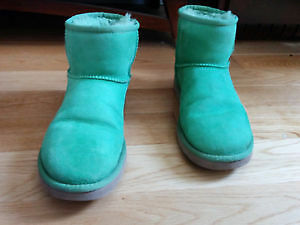 Mint condition green authentic Uggs