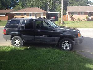 1995 Jeep Grand Cherokee parts wanted.