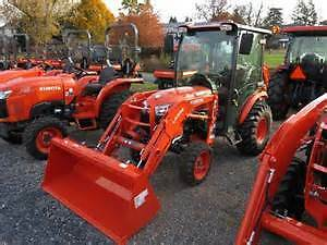 KUBOTA B2650 CAB TRACTOR---ONLY 15HRS!!