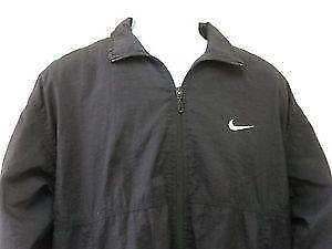 fb5471f3b683 Nike Windbreaker  Men s Clothing