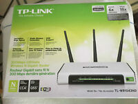 TP-LINK 300 Mbps Ultimate Wireless