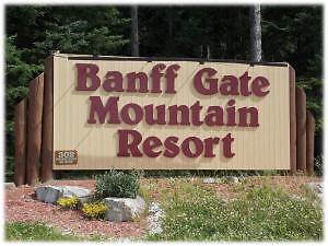 Banff Gate Mountain Resort CHALET
