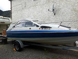 18 foot Bayliner cuddy cabin 125 force outboard