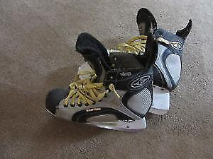 Easton Synergy size 9.5 hockey skates