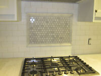 BACK SPLASH SPECIALIST / PROFESSIONAL TILER / BACKSPLASHES