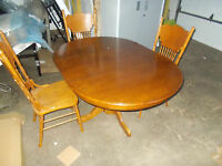 BRAND NEW SOLID WOOD KITCHEN TABLE AND 3 CHAIRS