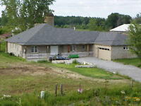 Bungalow For Sale Fonthill/Thorold almost 20 acres