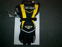 LOST: Snowmobile goggles/lenses and FXR Glove