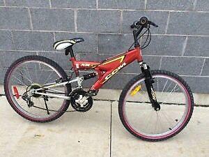 Youth size Medium CCM XR3 Mountain Bike