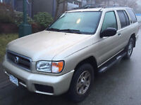2001 Nissan Pathfinder Chilkoot SUV, great condition!