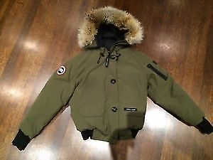 Authentic Canada Goose Chilliwack bomber S