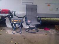 chaise bercante tournante