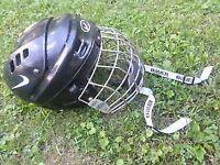 Full set women's/junior's hockey equipment minus skates