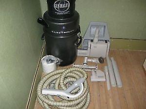 ELECTROLUX VACUUM CLEANER CENTRAL 1590 MODEL W\2 YR WARRANTY