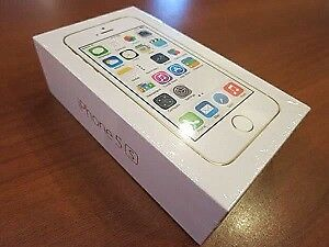 iPhone 5s Silver Brand New in Box Unlocked