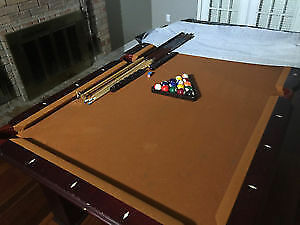 POOL TABLE 5'X9' FOR SALE...