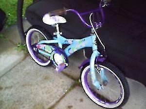 vélo pour fillette ''AMIGO''