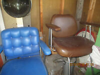 Hydraulic chair and hairdryer