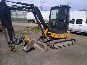 Mini Excavator For Hire!!! Great Rates!!