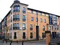 Modern 3 Bedroom 3rd Floor Flat, Thistle Terr New Gorbals Avail Now